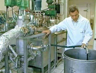 Predelava odpadnega polistirola je trenutno rešena na laboratorijski ravni